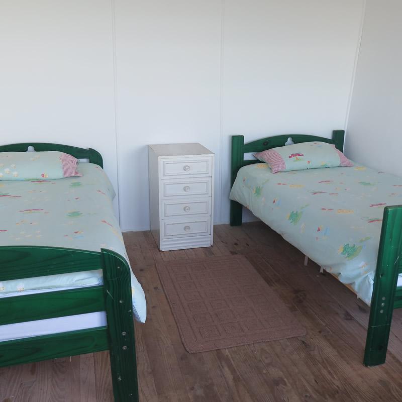 koensrust-beach-shack-beds-2017